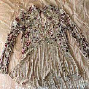 Gypsies & Moondust Floral Top